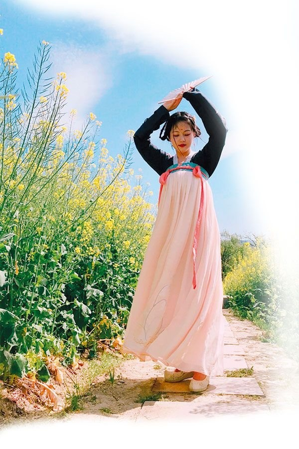 遇见汉服之美.这个浏阳妹子最爱着汉服旅行-图片1