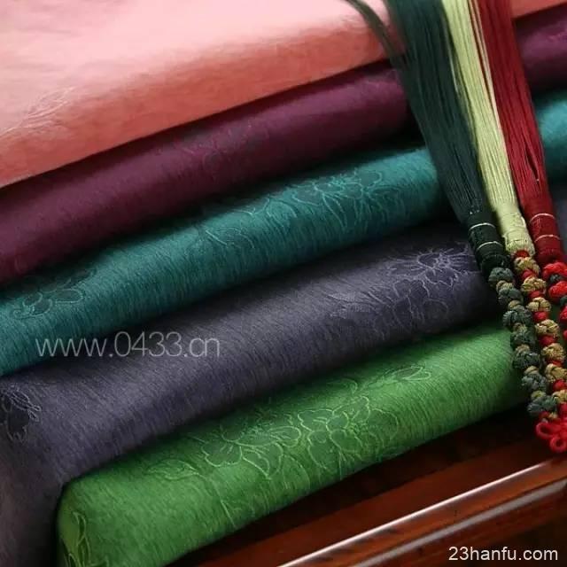 你的汉服穿着舒服吗?来看看18种汉服常见布料及优缺点